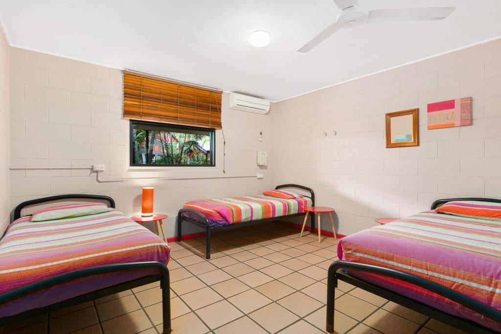 Best-Hostel-Cairns-Triple-Room-shared-dorm