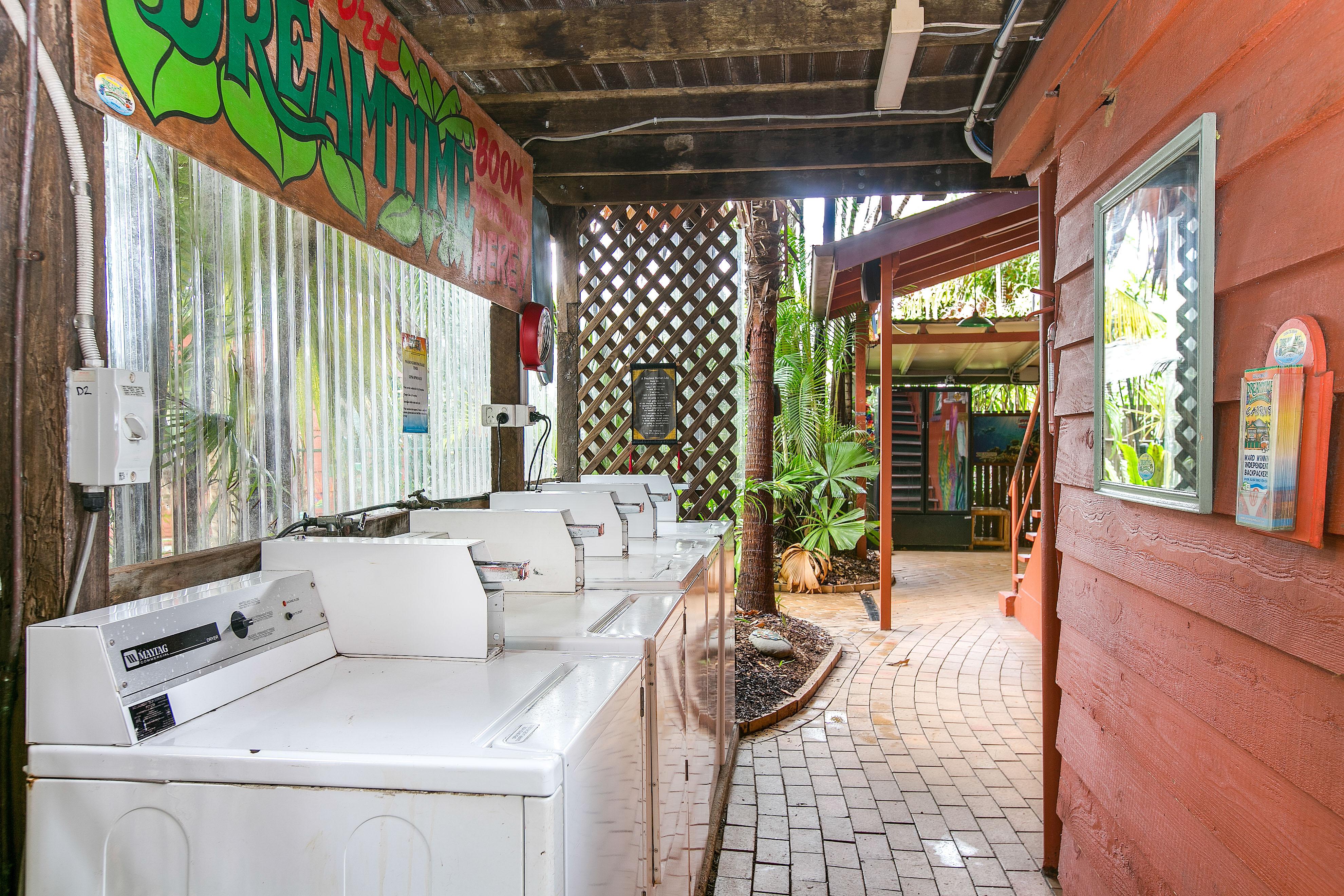 laundry-hostel-facilities-cairns-australia