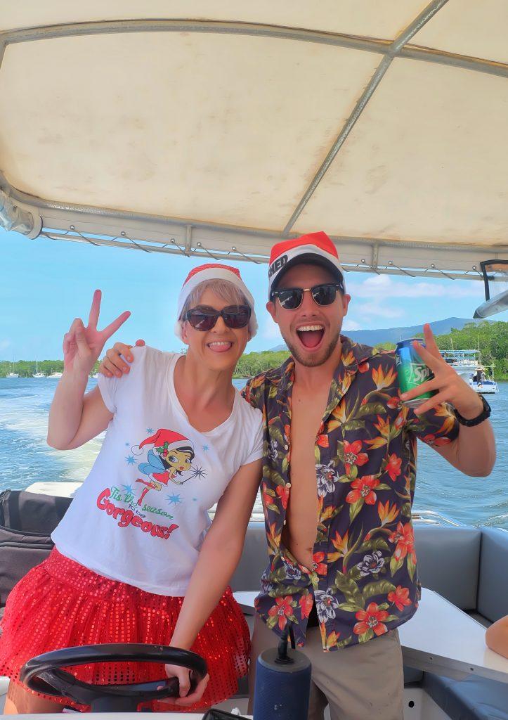 dreamtime-hostel-cairns-xmas-party-paradise-tropical-legends